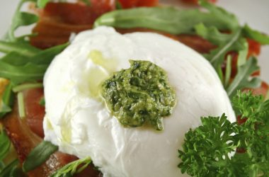Poached Egg Pesto 2
